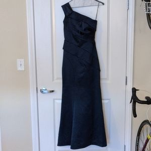 Vera Wang Asymmetrical Gown, navy blue - Size 0